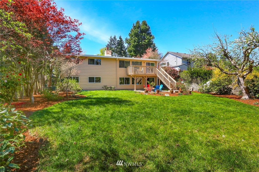 Sold Property   10826 10th Avenue SW Seattle, WA 98146 33
