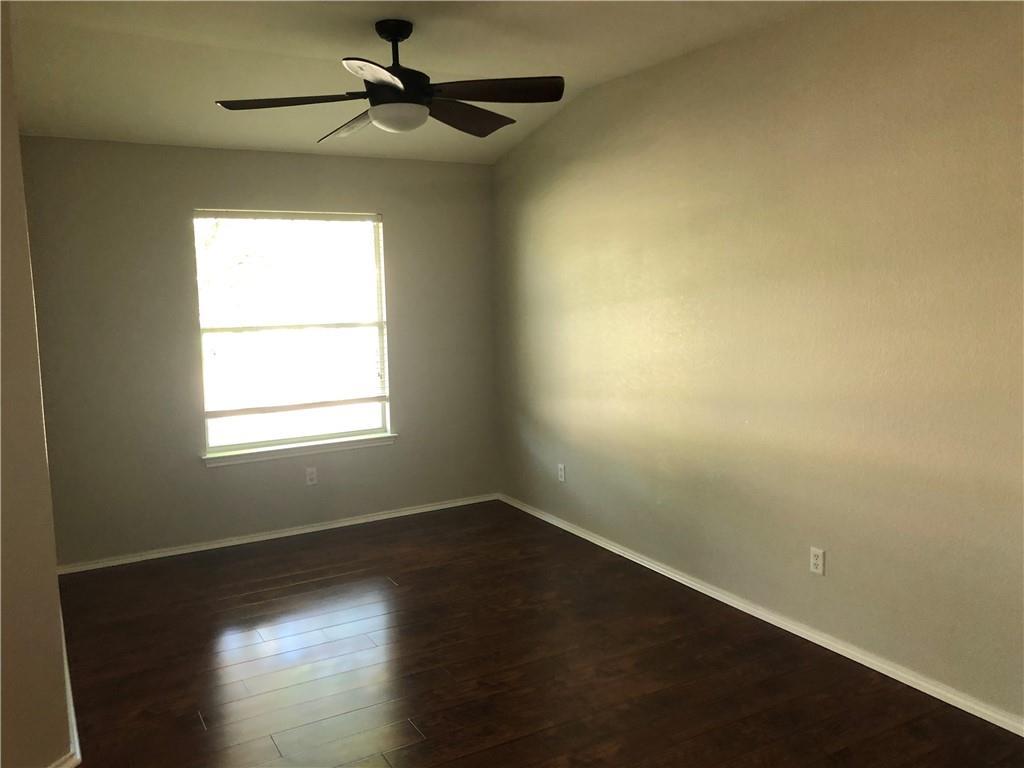 Closed | 229 Killian Loop Hutto, TX 78634 3