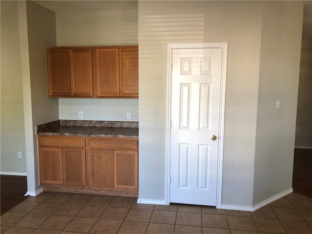 Closed | 229 Killian Loop Hutto, TX 78634 9
