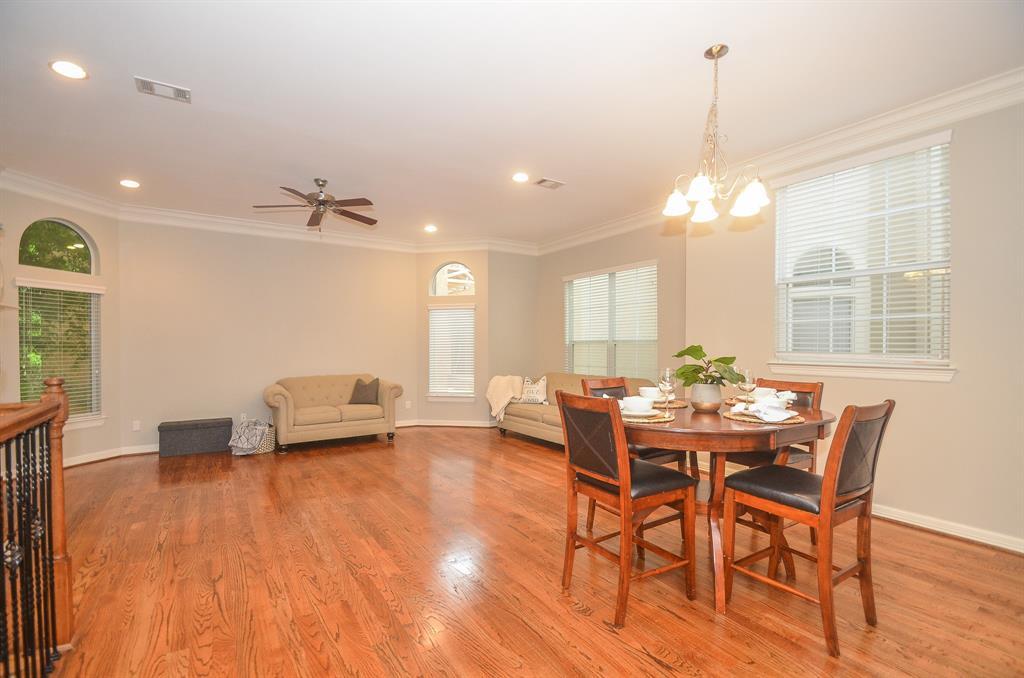 Option Pending | 5309 Egbert Street #C Houston, Texas 77007 17
