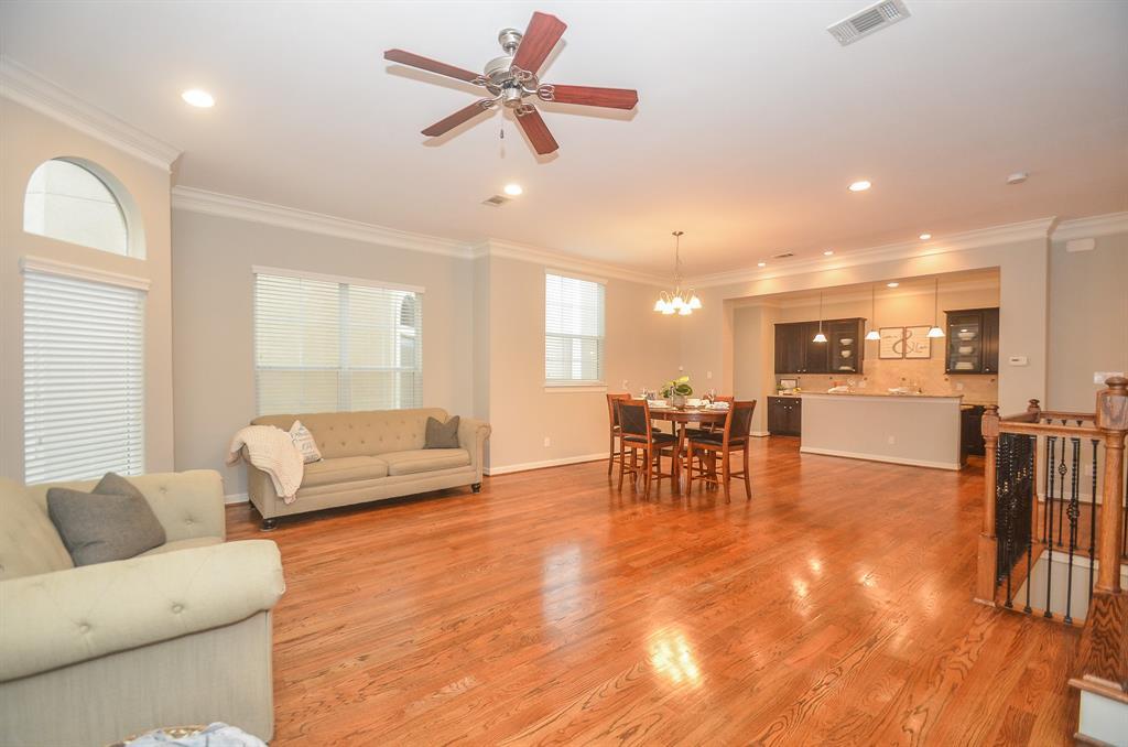 Option Pending | 5309 Egbert Street #C Houston, Texas 77007 19