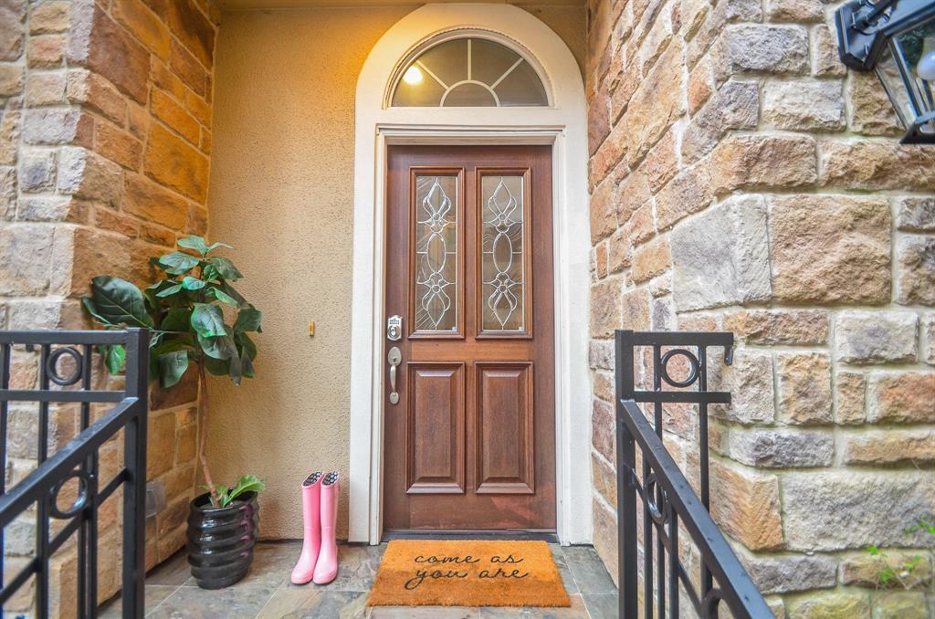Option Pending | 5309 Egbert Street #C Houston, Texas 77007 3
