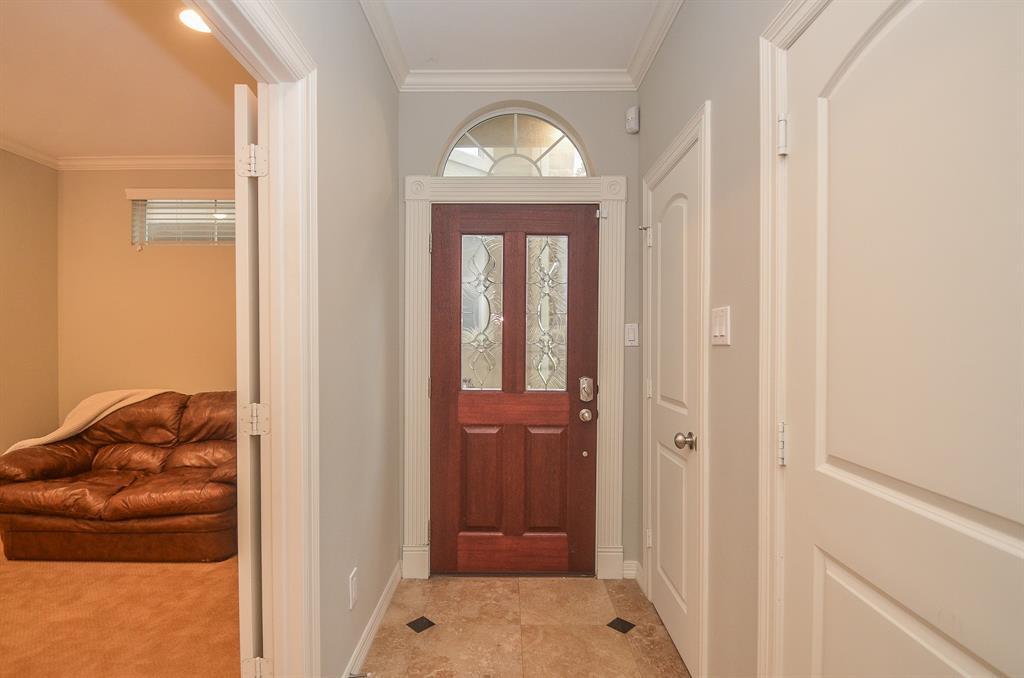 Option Pending | 5309 Egbert Street #C Houston, Texas 77007 4