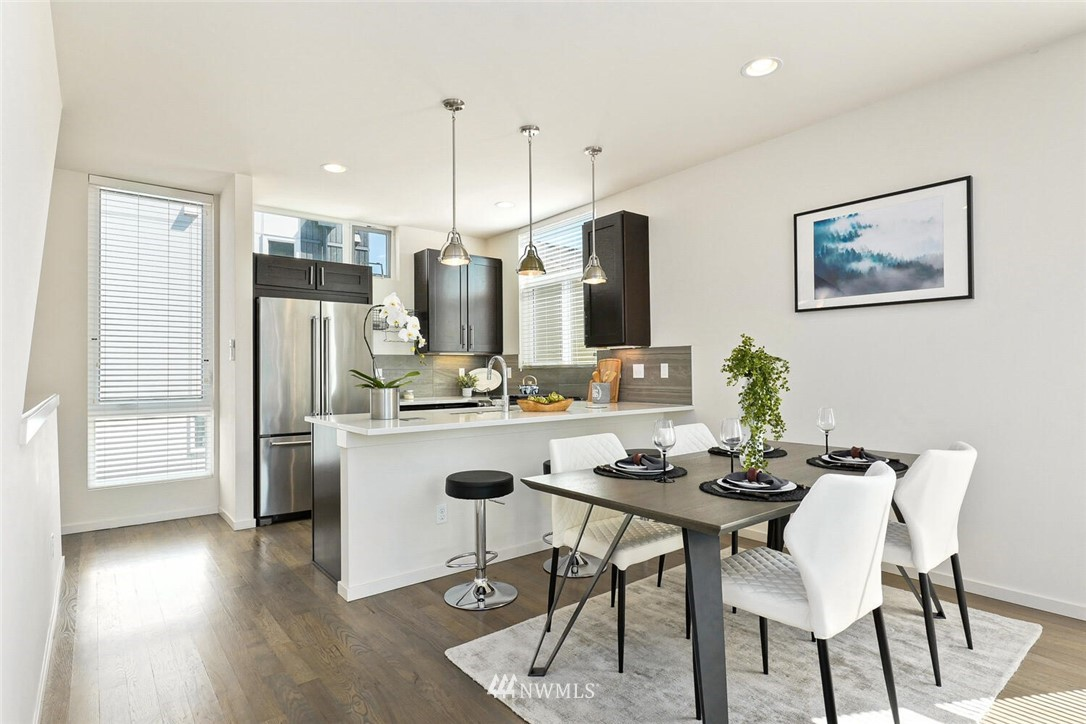 Sold Property | 11219 Greenwood Avenue N #A Seattle, WA 98133 5