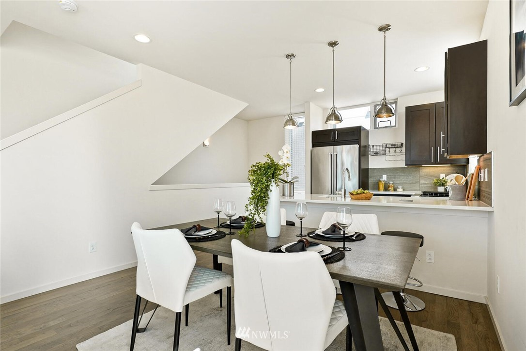 Sold Property | 11219 Greenwood Avenue N #A Seattle, WA 98133 6