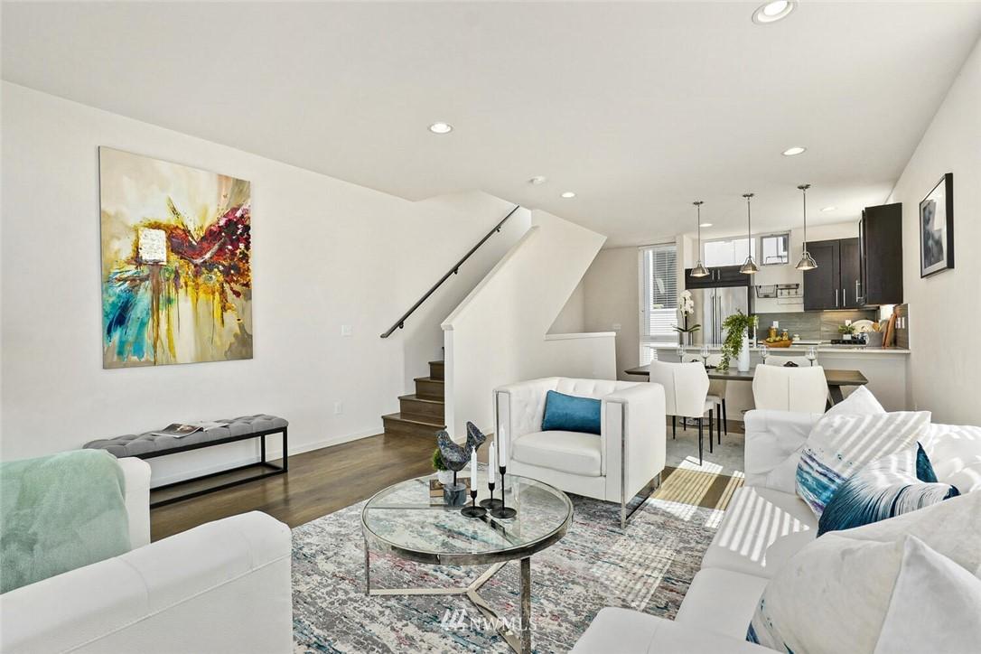 Sold Property | 11219 Greenwood Avenue N #A Seattle, WA 98133 7