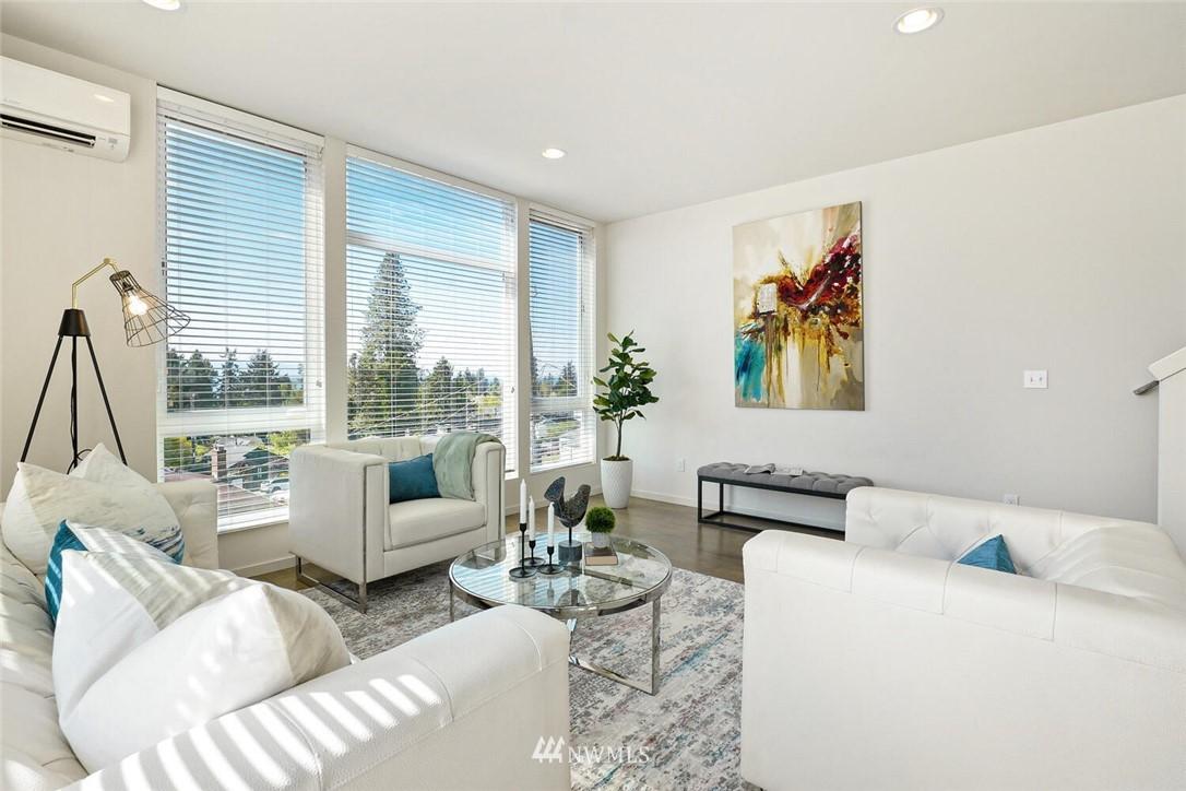 Sold Property | 11219 Greenwood Avenue N #A Seattle, WA 98133 9