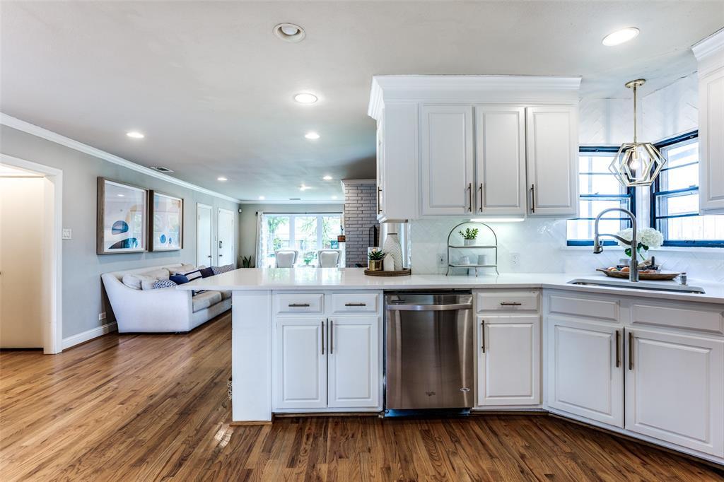 Sold Property   3747 Valley Ridge Road Dallas, Texas 75220 15