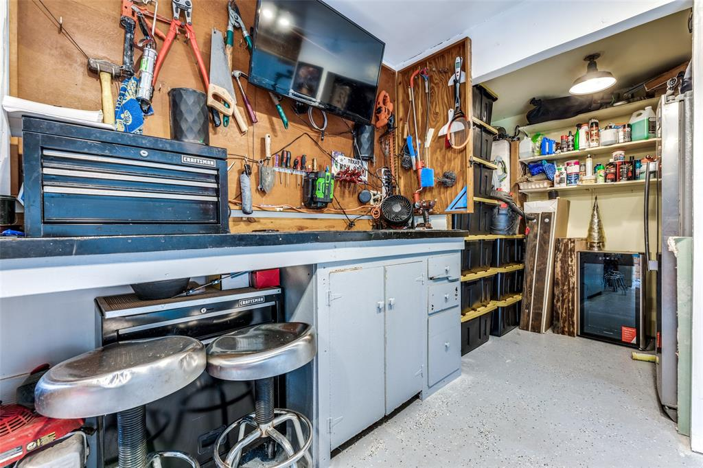 Sold Property   3747 Valley Ridge Road Dallas, Texas 75220 36