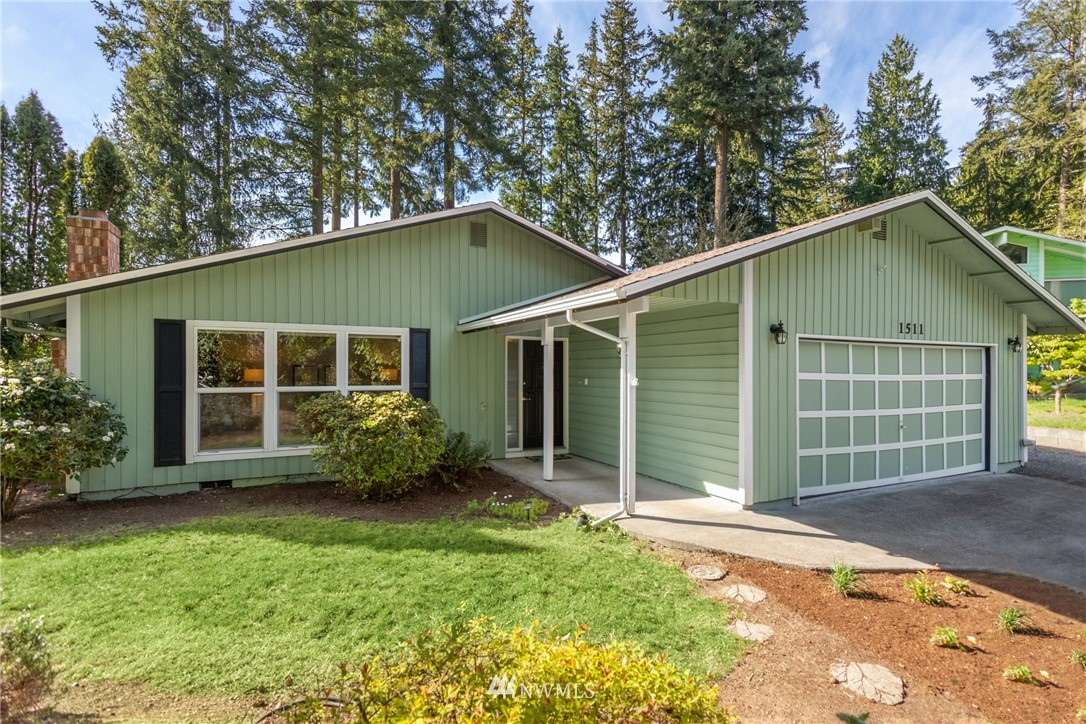 Pending | 1511 175th Place SE Bothell, WA 98012 0