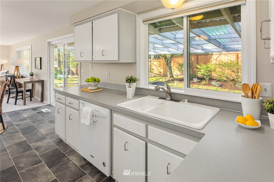 Pending | 1511 175th Place SE Bothell, WA 98012 10