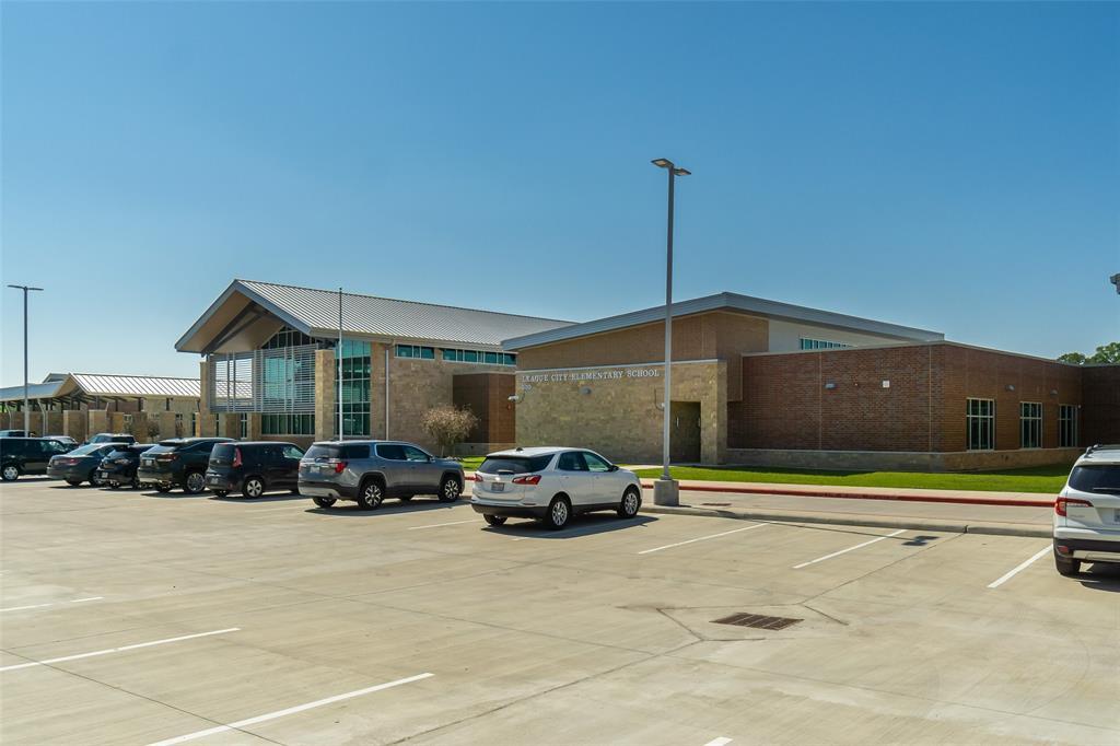 Off Market   604 Elmore Street League City, Texas 77573 31