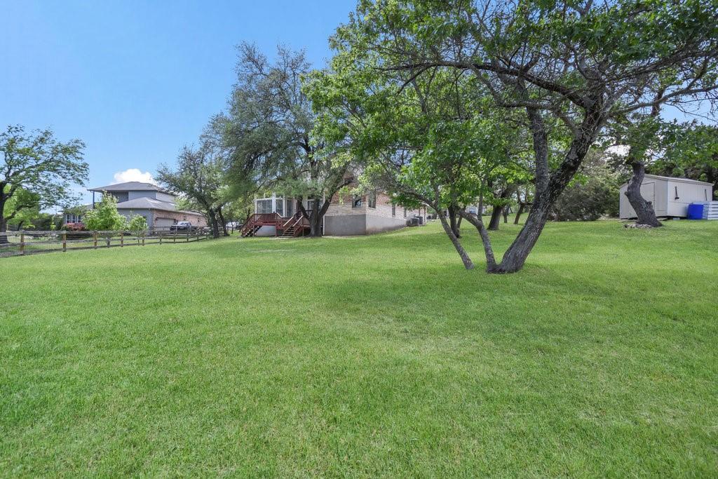 Pending | 300 Dillo Trail Liberty Hill, TX 78642 33
