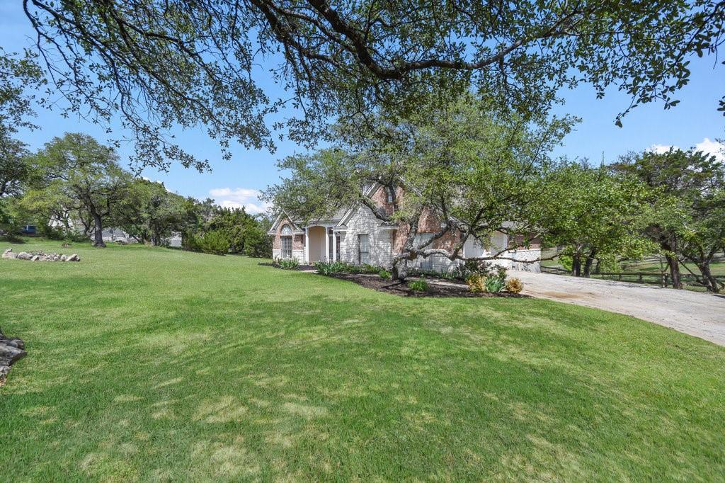 Pending | 300 Dillo Trail Liberty Hill, TX 78642 34