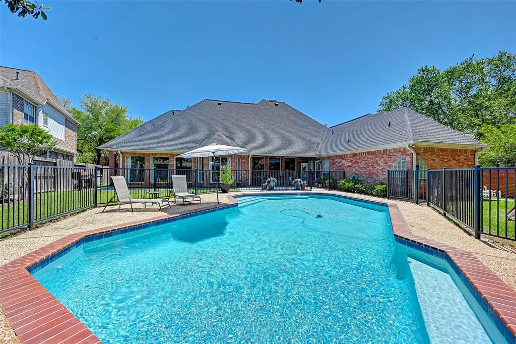 Active | 3403 Creekstone Drive Sugar Land, Texas 77479 48
