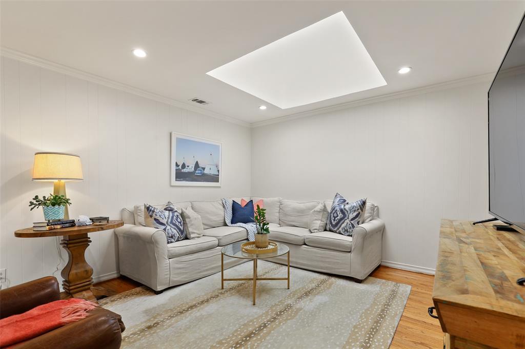Sold Property | 9520 Forestridge Drive Dallas, Texas 75238 23