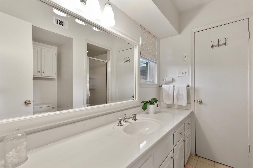 Sold Property | 9520 Forestridge Drive Dallas, Texas 75238 26