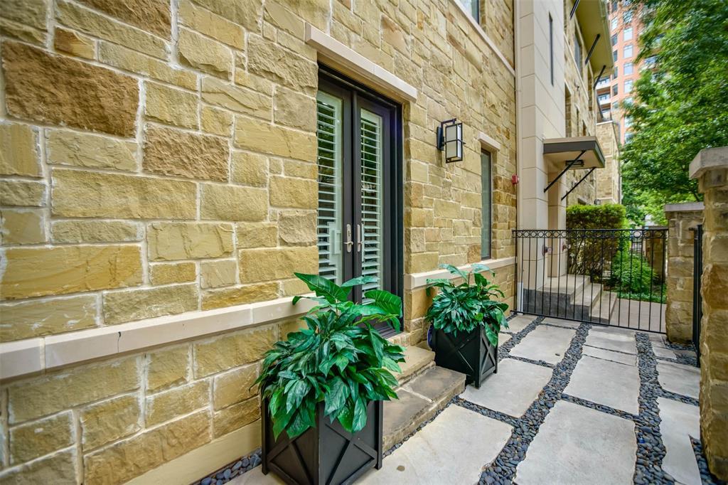 Active Option Contract | 2811 Hood Street #B Dallas, Texas 75219 18