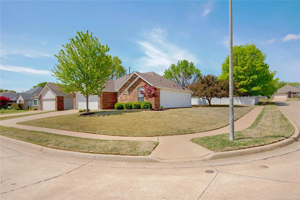 Off Market | 5220 S Poplar Avenue Broken Arrow, Oklahoma 74011 26