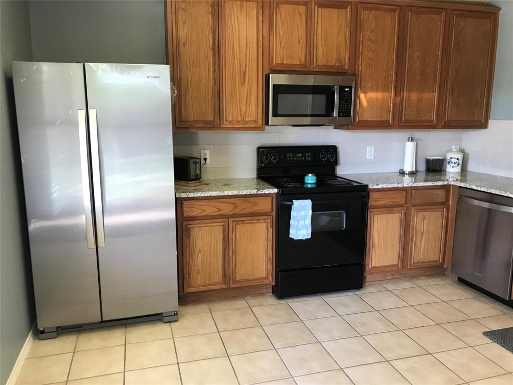 Active Option Contract | 3321 Truman Street McKinney, Texas 75071 3