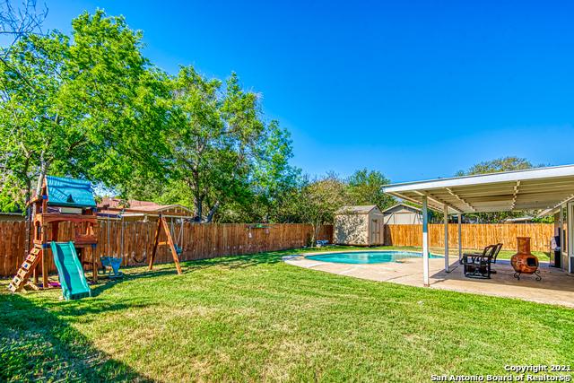 Pending | 9622 CANEY CREEK DR San Antonio, TX 78245 21