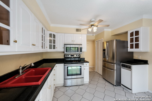 Active Option | 7711 CALLAGHAN RD #303 San Antonio, TX 78229 11