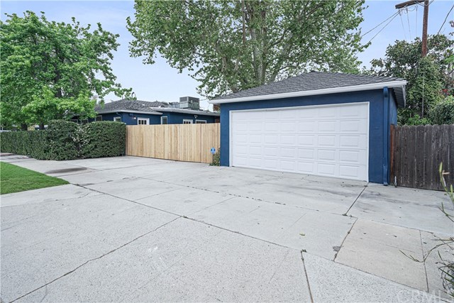 Active | 16858 Clark Street Encino, CA 91436 18