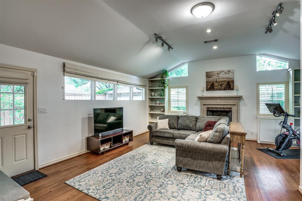 Sold Property | 4173 Beechwood Lane Dallas, Texas 75220 10