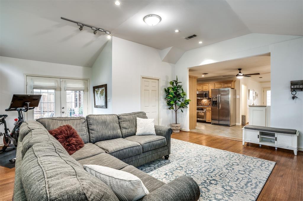 Sold Property | 4173 Beechwood Lane Dallas, Texas 75220 11