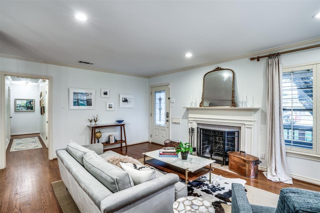 Sold Property | 4173 Beechwood Lane Dallas, Texas 75220 3