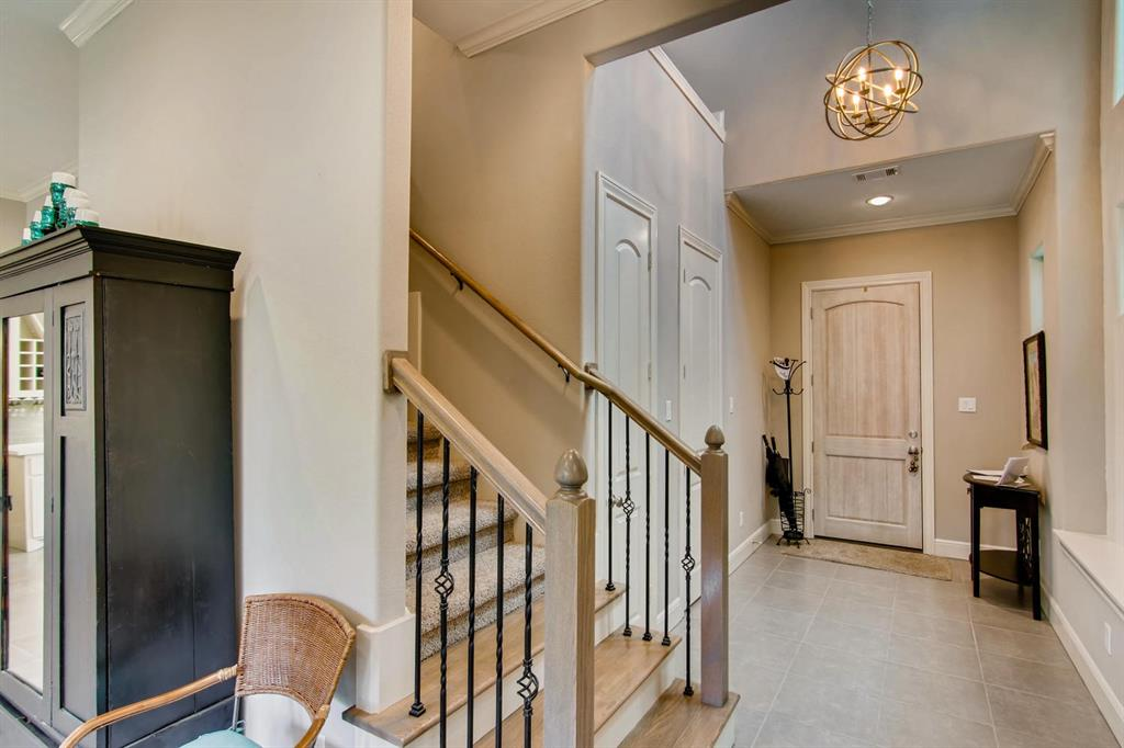Active | 22 Jarvis Row Circle The Woodlands, Texas 77380 5