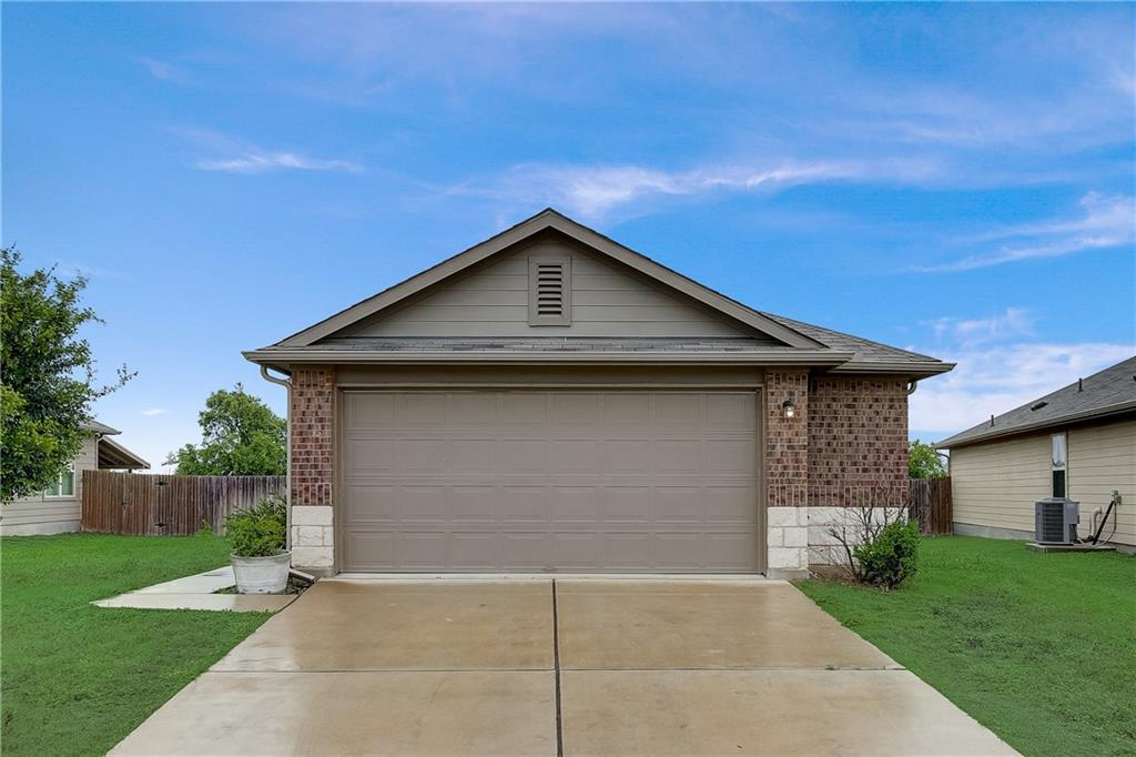 Pending | 610 Pinnacle Drive Georgetown, TX 78626 10