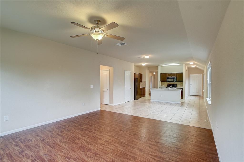 Pending | 610 Pinnacle Drive Georgetown, TX 78626 39