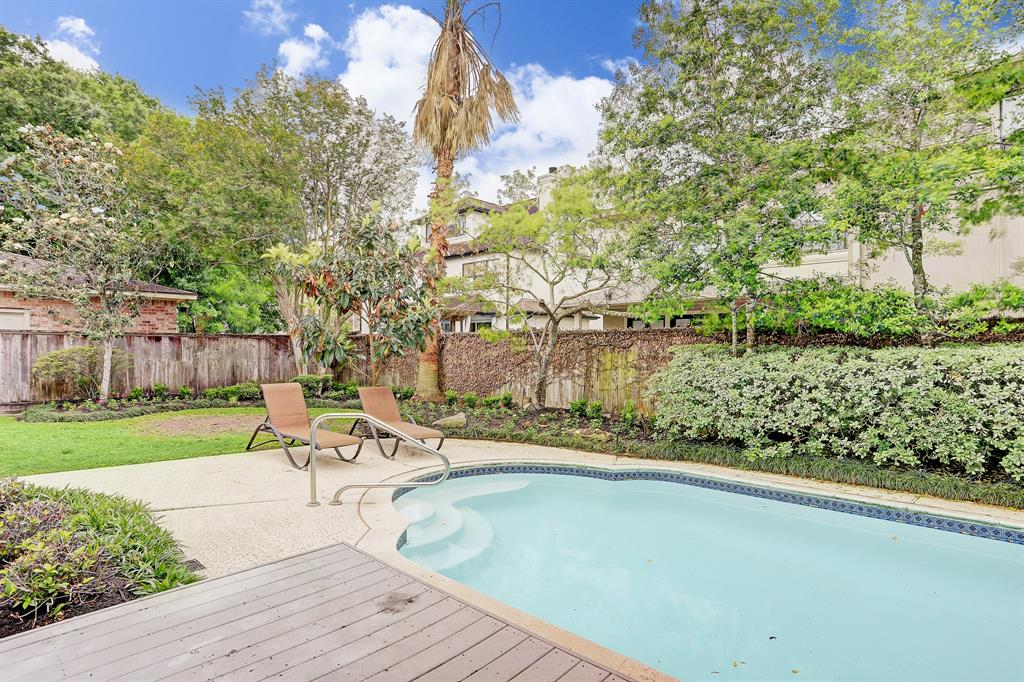 Pending | 4807 Florence Street Bellaire, Texas 77401 14