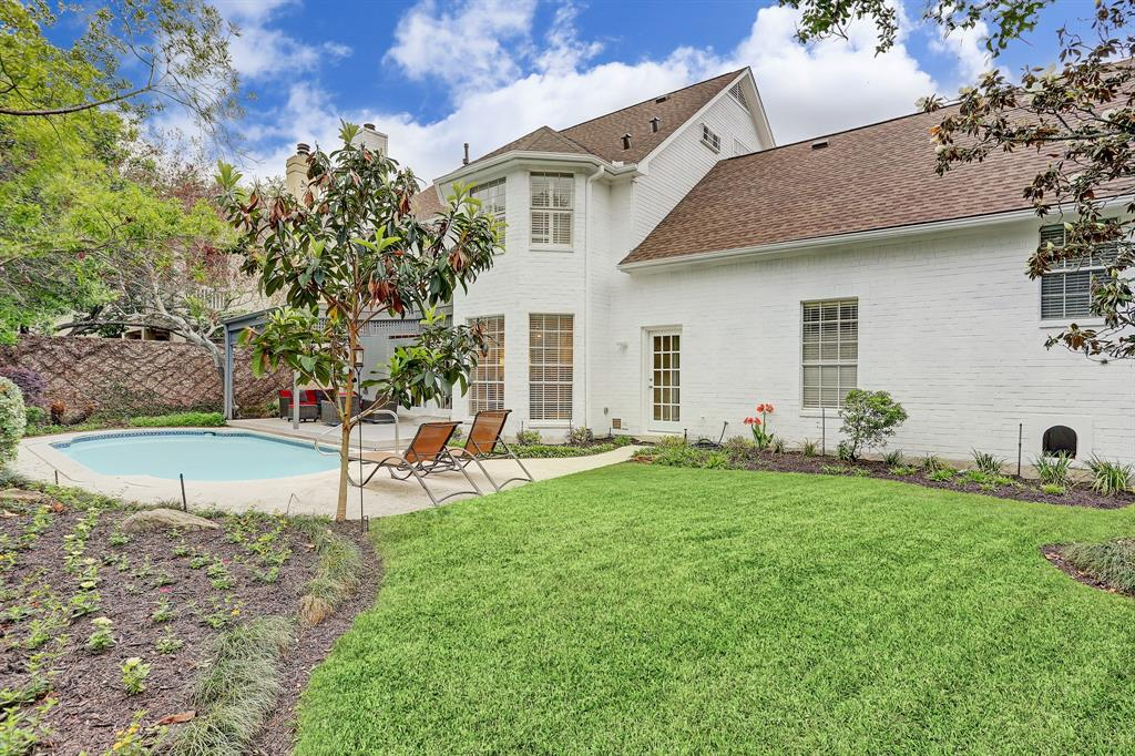 Pending | 4807 Florence Street Bellaire, Texas 77401 16