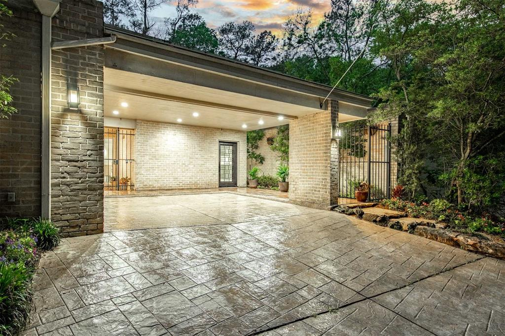 Option Pending | 12 Bayou Shadows Street Houston, Texas 77024 1