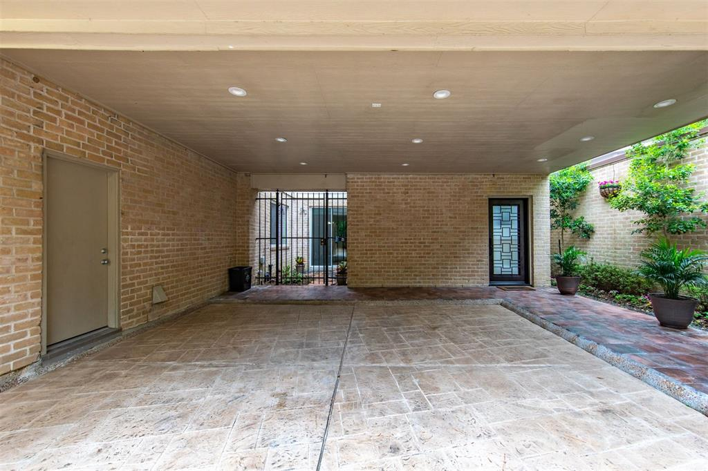 Option Pending | 12 Bayou Shadows Street Houston, Texas 77024 48