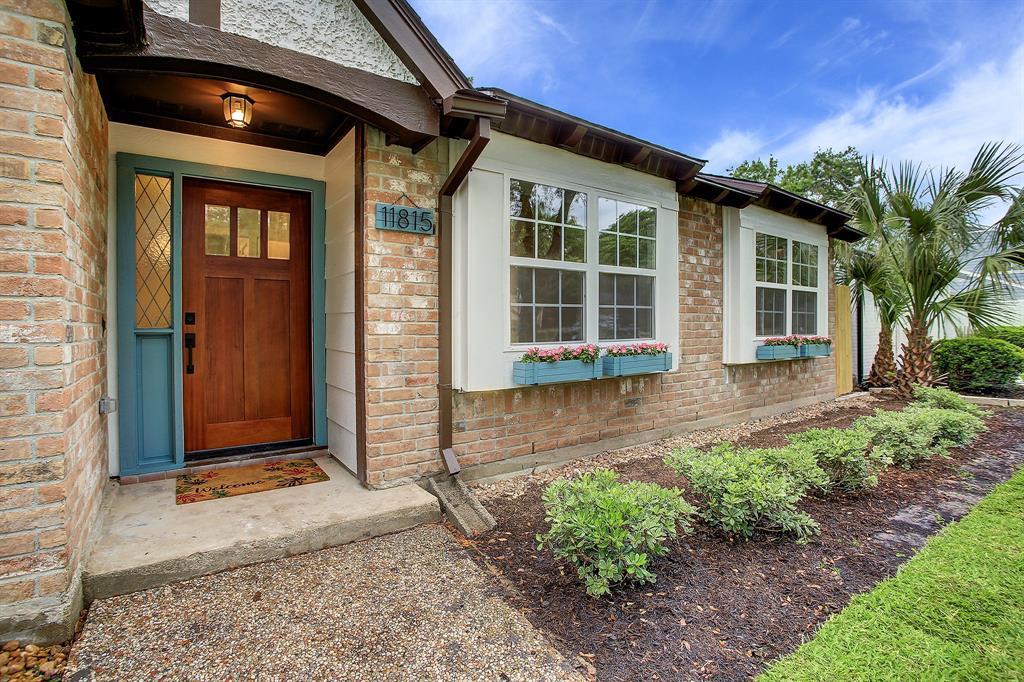 Pending Continue to Show | 11815 Westmere Drive Houston, Texas 77077 29