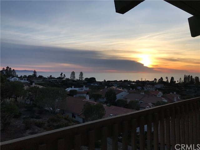 Active | 6542 Ocean Crest Drive #D-308 Rancho Palos Verdes, CA 90275 2