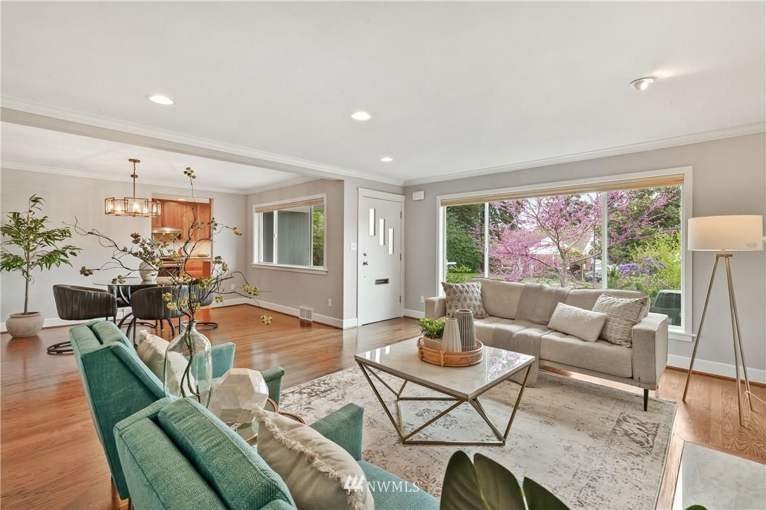 Sold Property   7722 Forest Drive NE Seattle, WA 98115 5