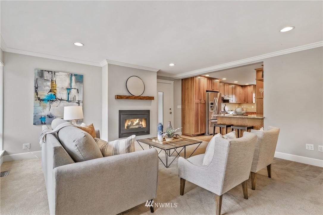 Sold Property   7722 Forest Drive NE Seattle, WA 98115 11
