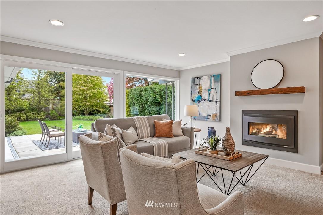 Sold Property   7722 Forest Drive NE Seattle, WA 98115 12