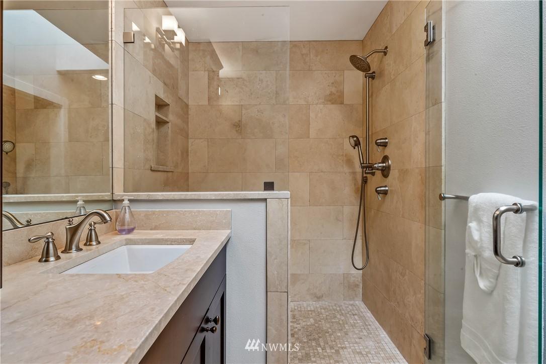 Sold Property   7722 Forest Drive NE Seattle, WA 98115 17