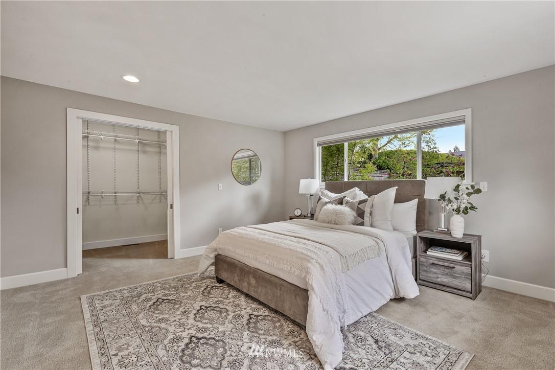 Sold Property   7722 Forest Drive NE Seattle, WA 98115 19