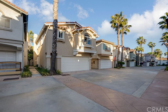 Active Under Contract | 520 S Maria Avenue Redondo Beach, CA 90277 2