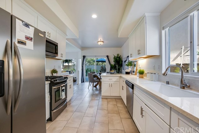 Active Under Contract | 520 S Maria Avenue Redondo Beach, CA 90277 17