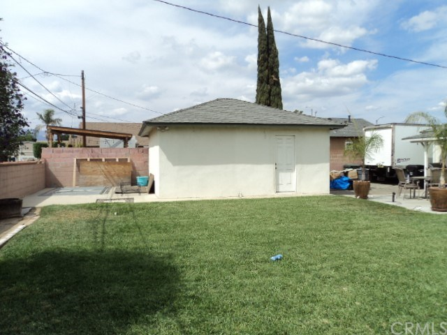 Active Under Contract | 111 S Butterfield Road West Covina, CA 91791 22