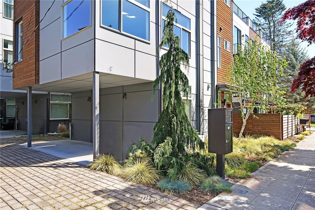 Sold Property | 2024 NW 62nd Street #A Seattle, WA 98107 3
