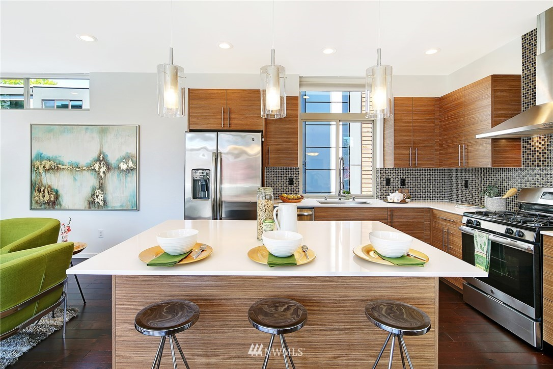 Sold Property | 2024 NW 62nd Street #A Seattle, WA 98107 8
