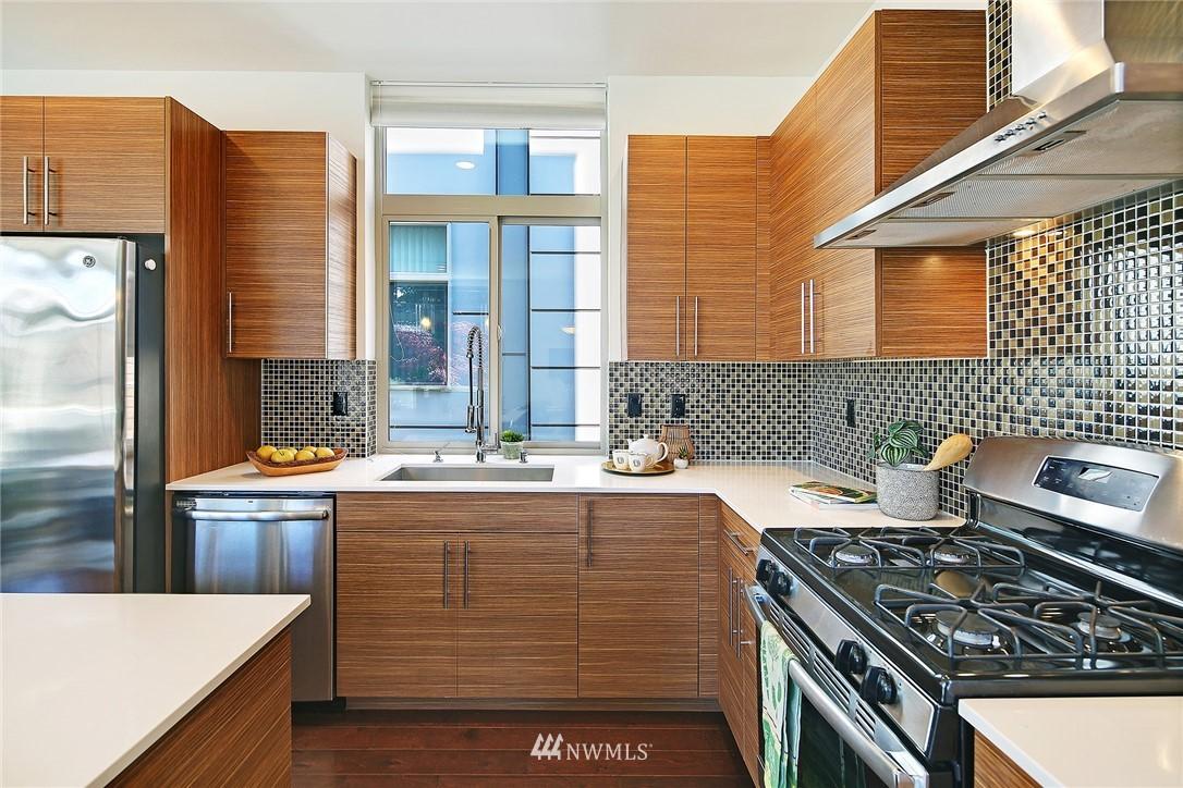 Sold Property | 2024 NW 62nd Street #A Seattle, WA 98107 11